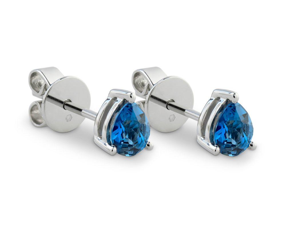 2 Topacios London Blue corte pera sobre oro blanco o platino.