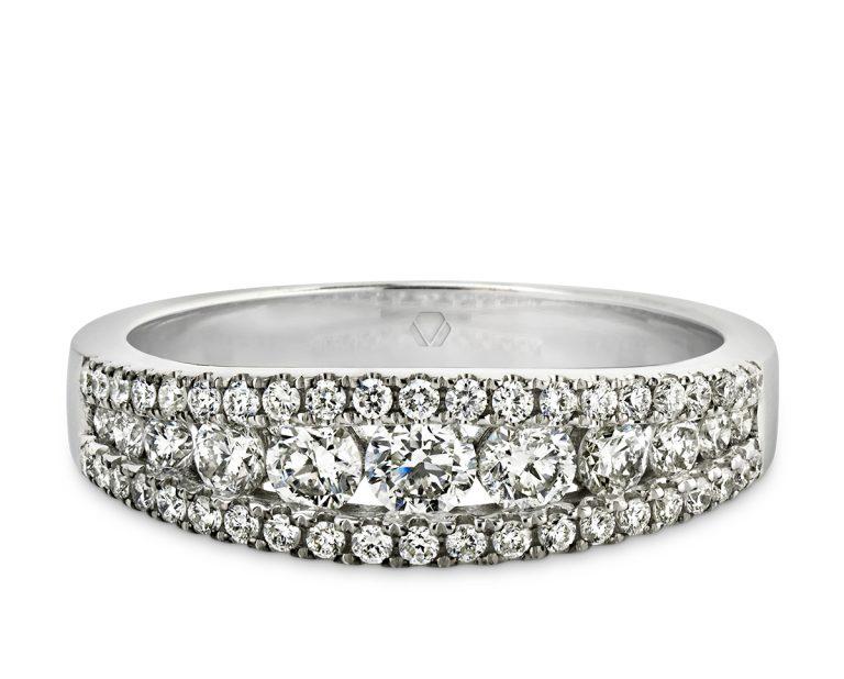 hodaya 3  Producto Oro Blanco 18k o Platino, con opciones de diamante desde 51 hasta 53 de distinto tamaño.