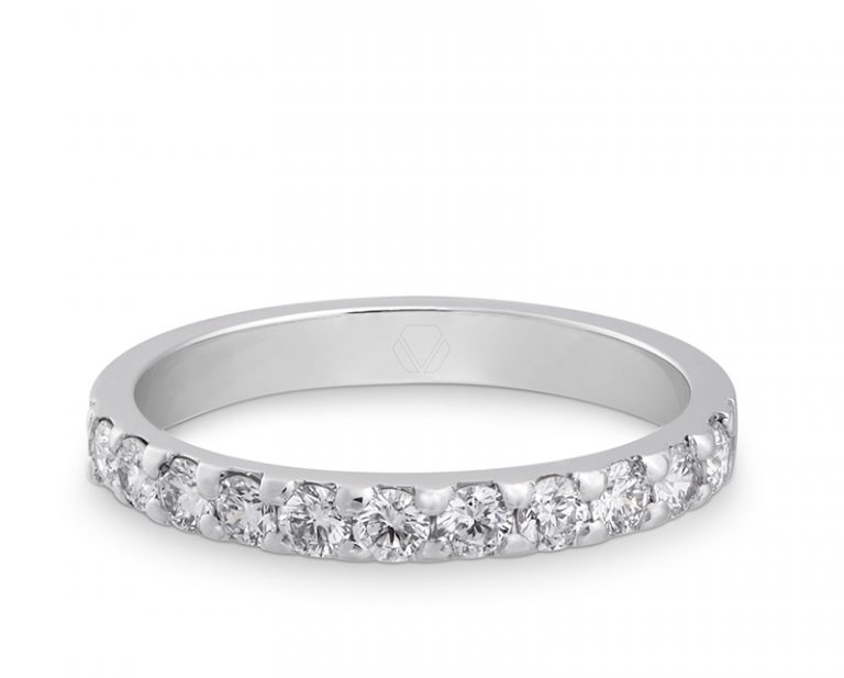 Anillo de Compromiso Modelo Rouge Bold 1  Producto Oro Blanco 18k o Patino, con 9 Diamantes de 5 pt o 10 Diamantes de 3 pt.