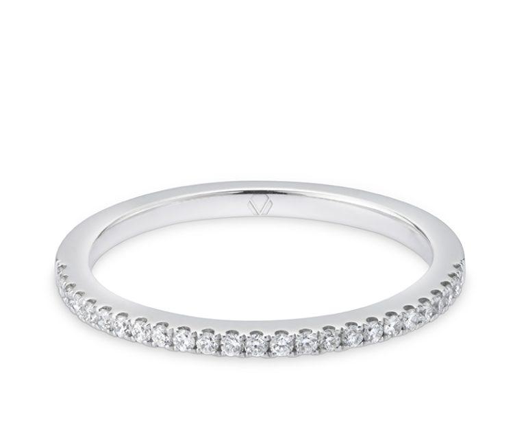 Anillo de Compromiso Modelo Rouge Mini 1  Producto Oro blanco y 25 diamantes que suman 15 pt