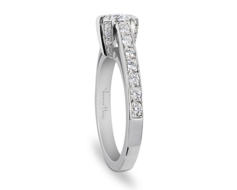anillo de compromiso cosmique 2 Entrada