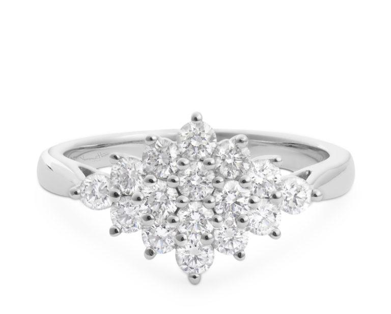 anillo de compromiso modelo velvet 02  Producto Oro Blanco 18k y 16 Diamantes brillante de 5 puntos. Talla 10. PIEZA ÚNICA SIN CAMBIO DE TALLA