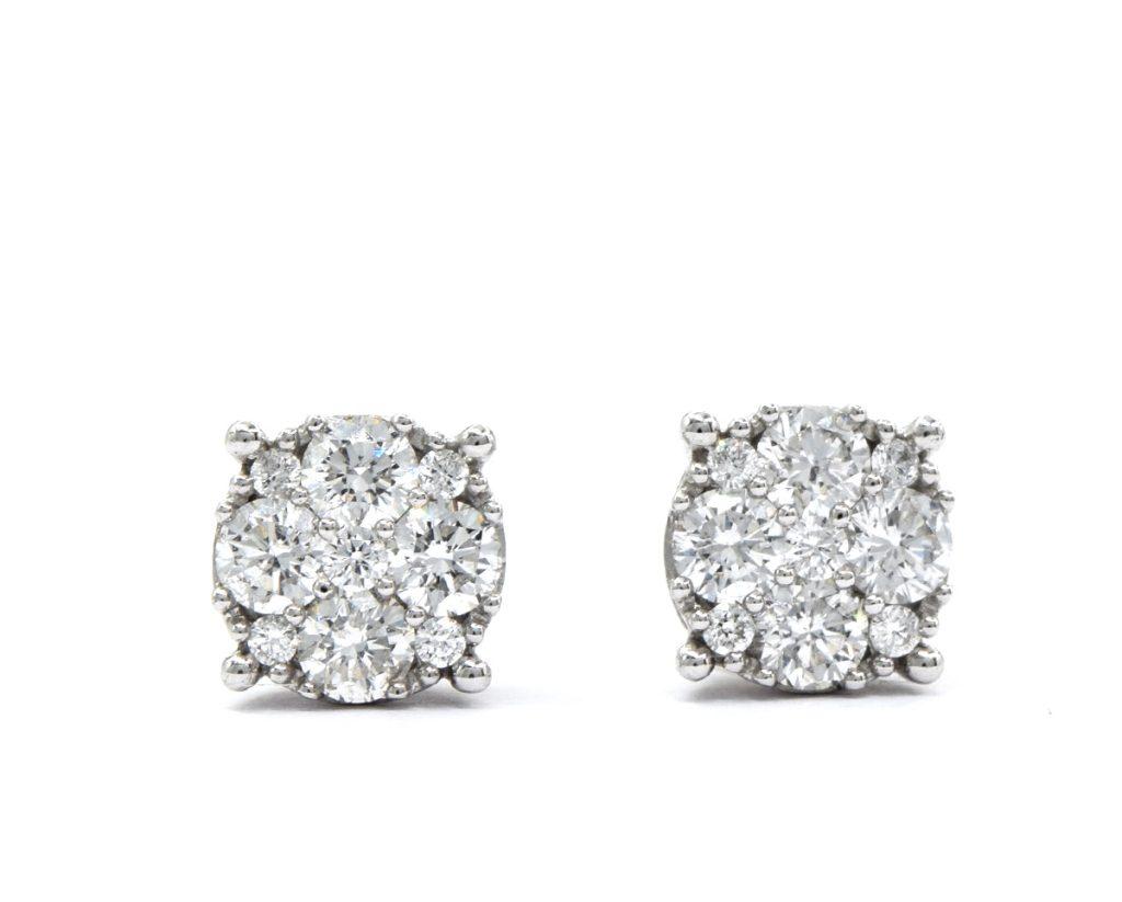 Aros 18 Diamantes brillantes que suman 60 pt en Oro 18k Amarillo o Blanco.