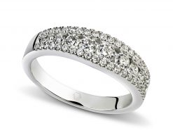 Oro Blanco 18k o Platino, con opciones de diamante desde 51 hasta 53 de distinto tamaño.