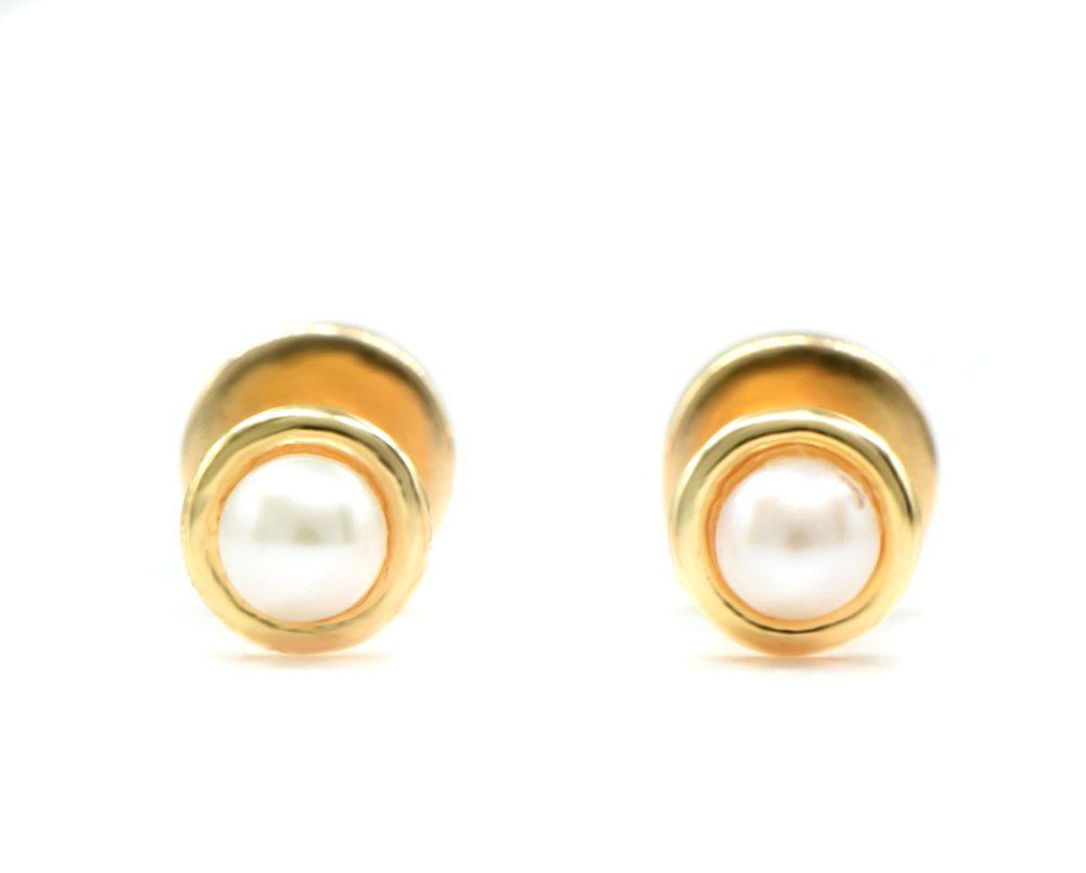 Oro Amarillo 18k y 2 Perlas.