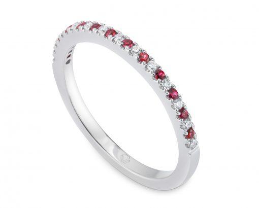 Anillo de compromiso Oro Blanco 18k con diamantes y rubíes.