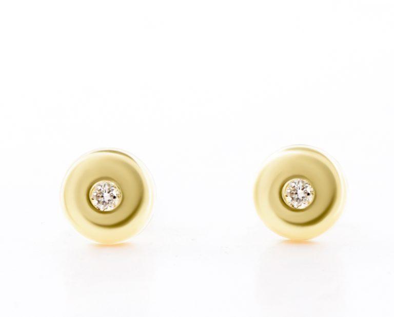 Aritos Abridores Yayu Oro Amarillo 18k, con 2 Diamantes brillante 1 pt