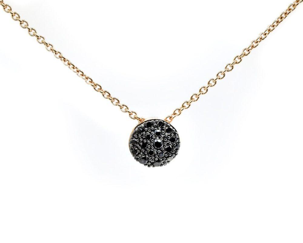 Colgante Mars Black Oro Rosa 18k, con 18 Diamante Negro que suman 18 pt