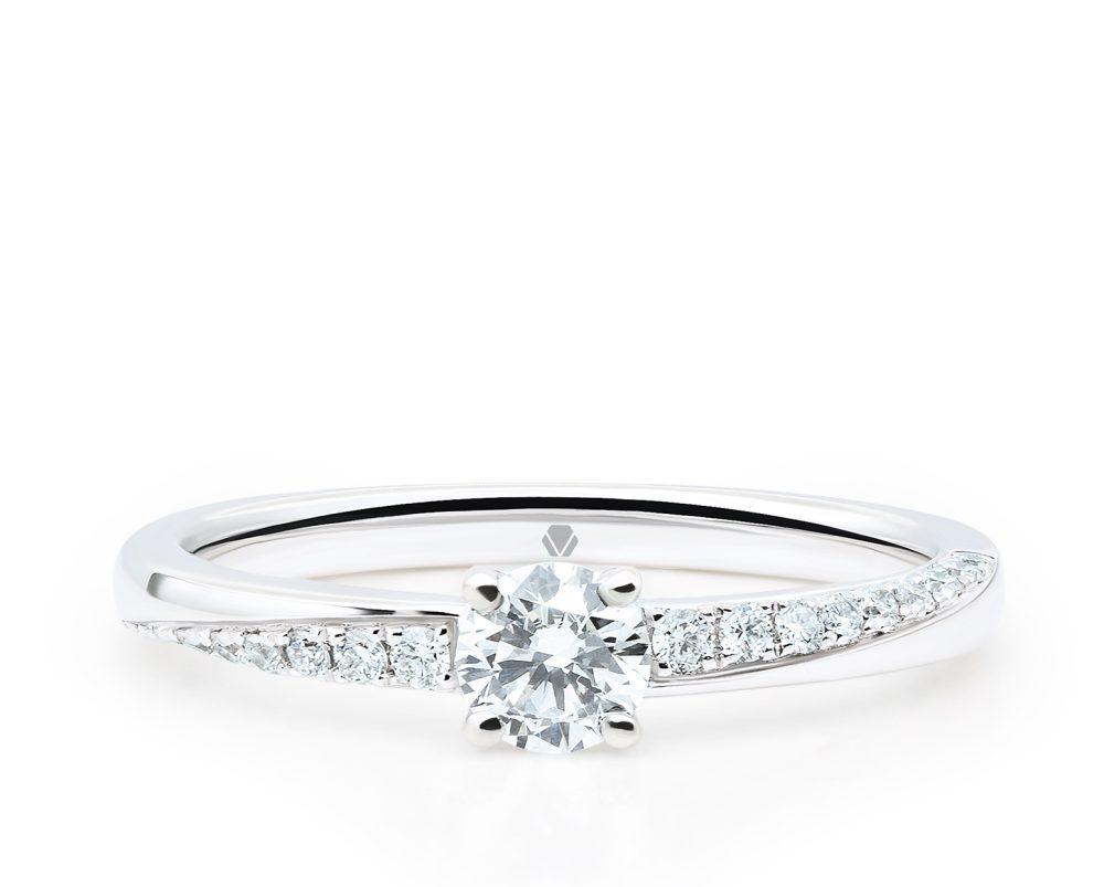 Solitario Meliora Oro Blanco 18k, con 1 Diamante central a elección más 18 Diamante brillante que suman 13 pt