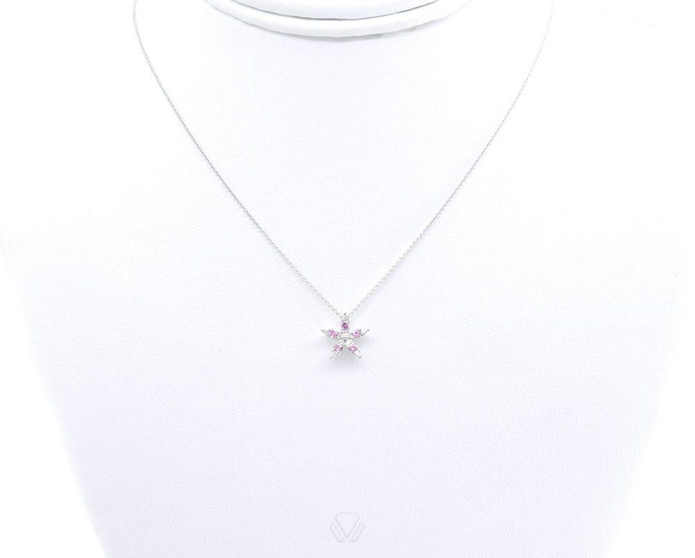 Oro Blanco 18k, con 5 Zafiro-Rosado que suman 20 pt, 10 Diamante que suman 5 pt, Cadena Largo: 43 cm